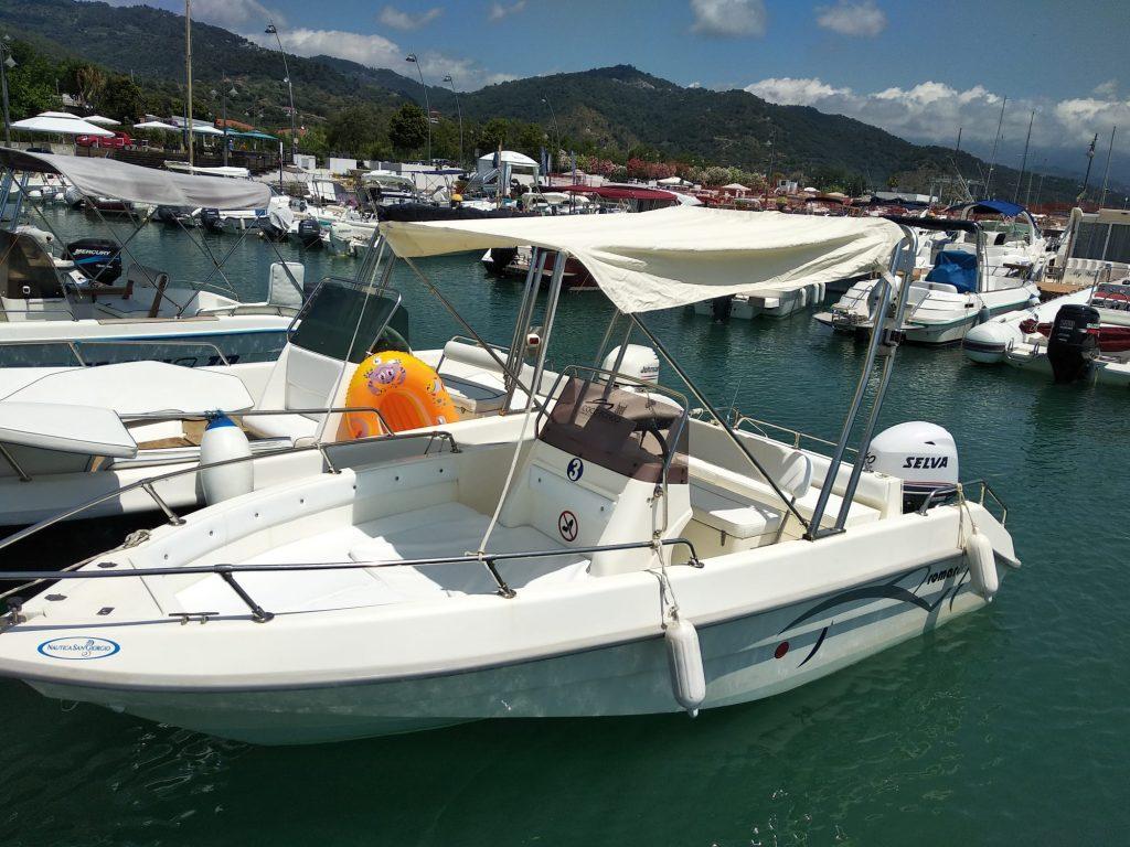Barca Romar